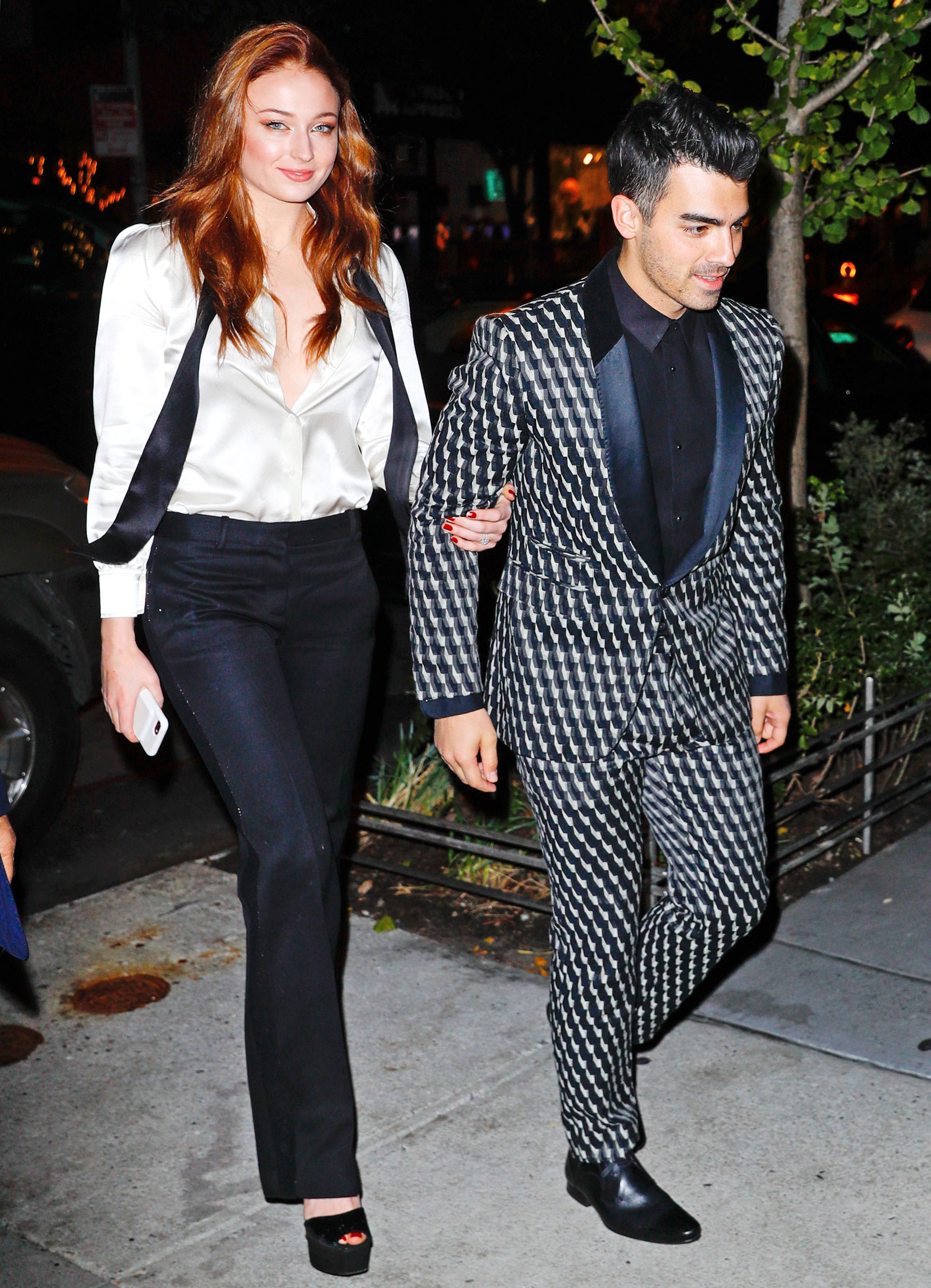 Joe Jonas Sophie Turner S Engagement Party Included Photo Booth Fun For Their Celebrity Guests Nepal24hours Com Integration Through Media